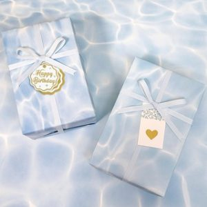Giấy gói quà hình sóng biển