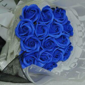 Hoa hồng sáp thơm 15 bông màu xanh
