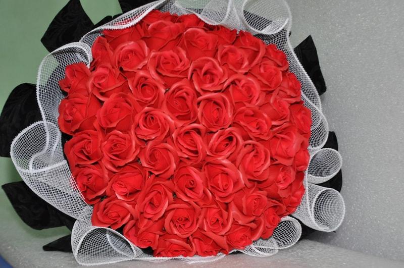 Hoa hồng sáp thơm 50 bông màu đỏ