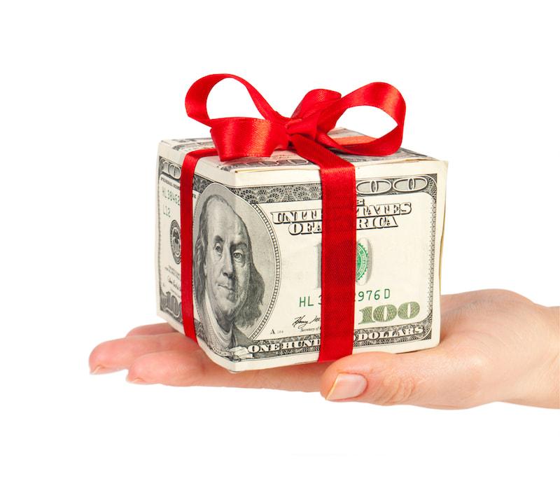 Sinh nhật nên tặng quà gì?